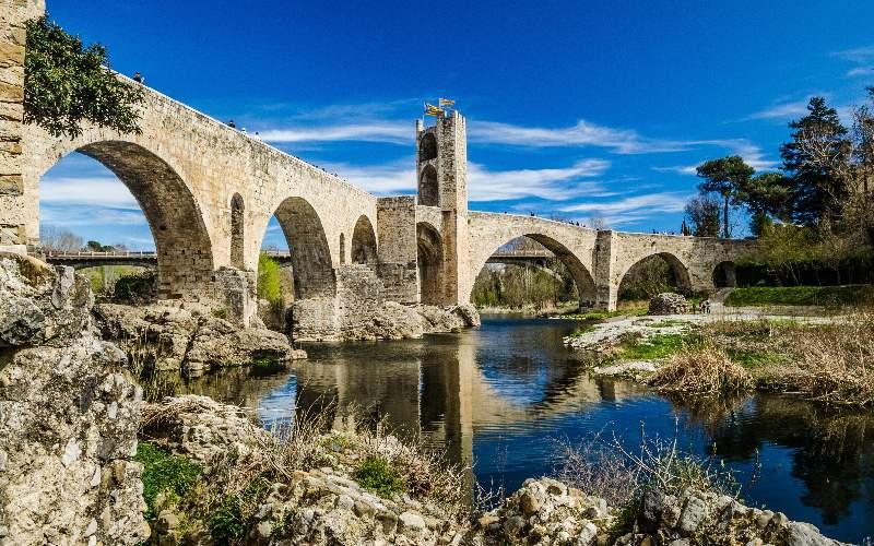 Puente medieval de Besalú