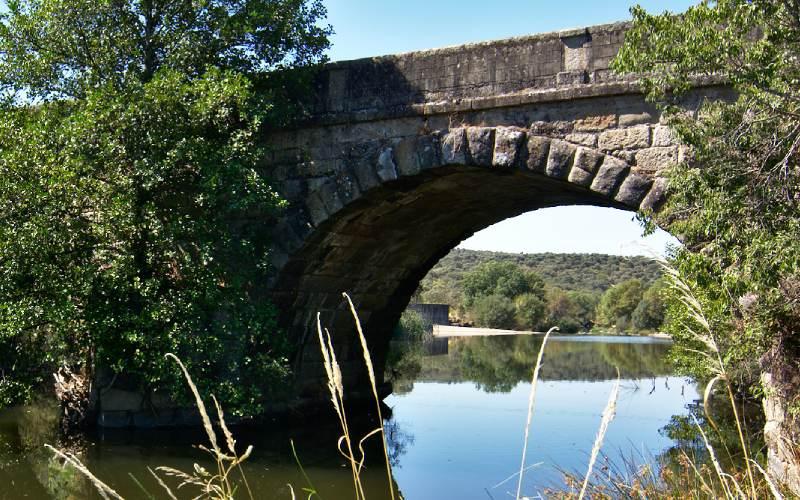 Puente romano de Cáparra