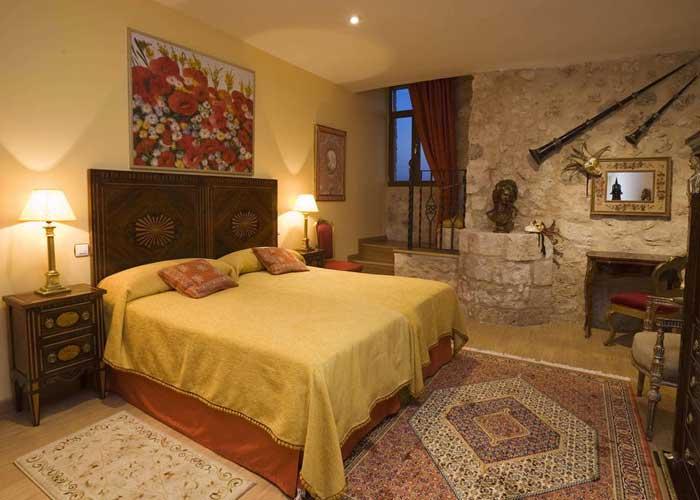domir penafiel hotel residencia real castillo curiel