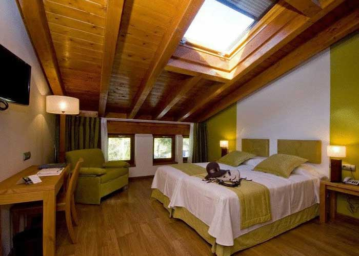 dormir barcena mayor resort reserva saja