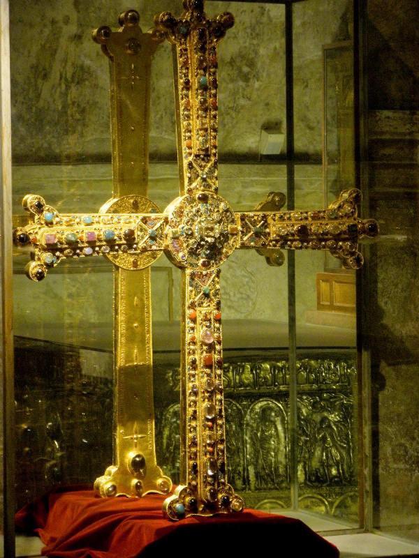 Cruz de la victoria de Asturias