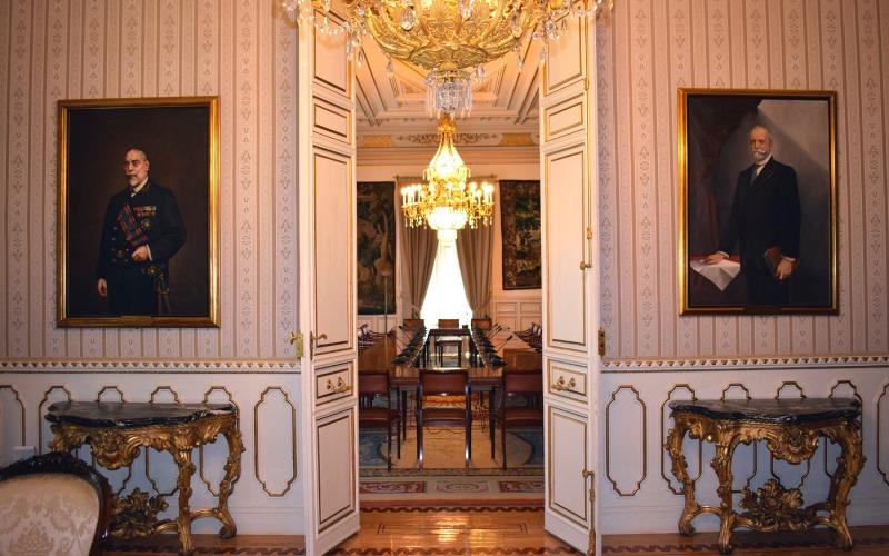 Retratos de dos de los Presidentes que trabajaron en el Palacio de Villamejor