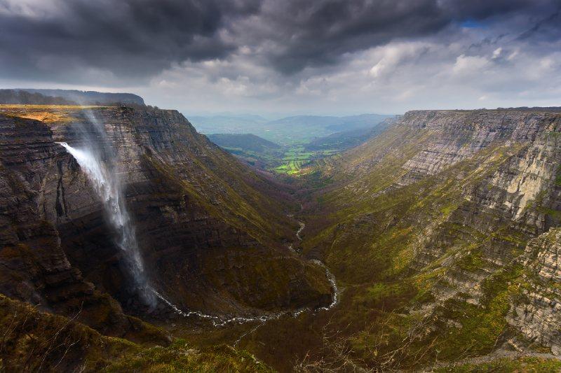 Salto del Nervión, la más grande cascada de España