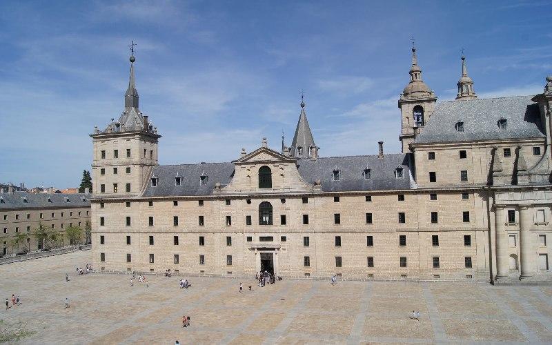 El Real Colegio Alfonso XII