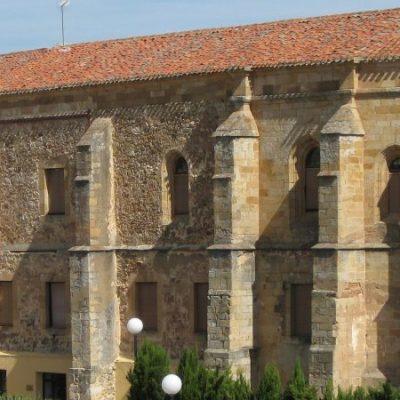 Hallan una necrópolis en el convento de Santa Clara de Soria