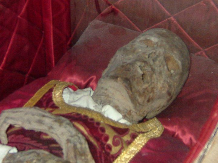 El chantre de Calahorra, la momia que eligió su tumba