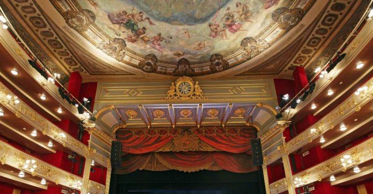 Descubre los teatros más bonitos de España