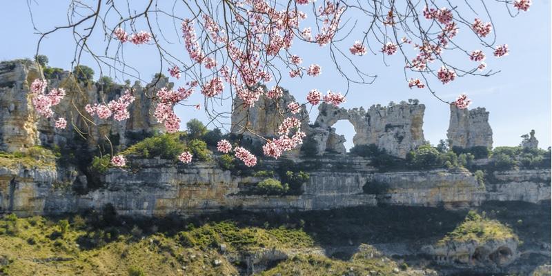 que ver orbaneja castillo