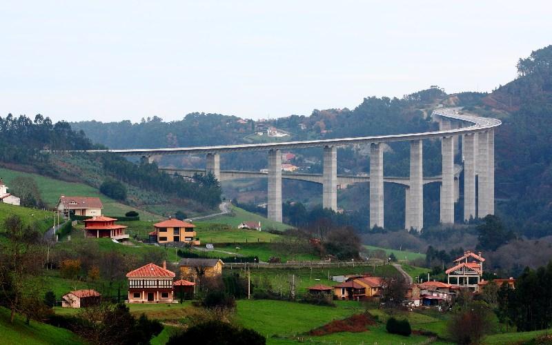 Viaducto de la Concha de Artedo