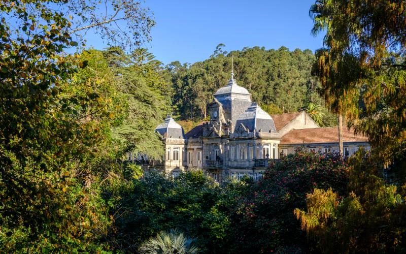 Vista del Pazo de Lourizán en medio del Bosque   Shutterstock