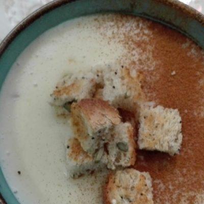 Poleá o gachas de leche, postre tradicional andaluz