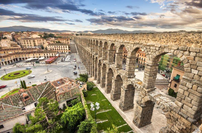 Acueducto de Segovia monumentos romanos en España