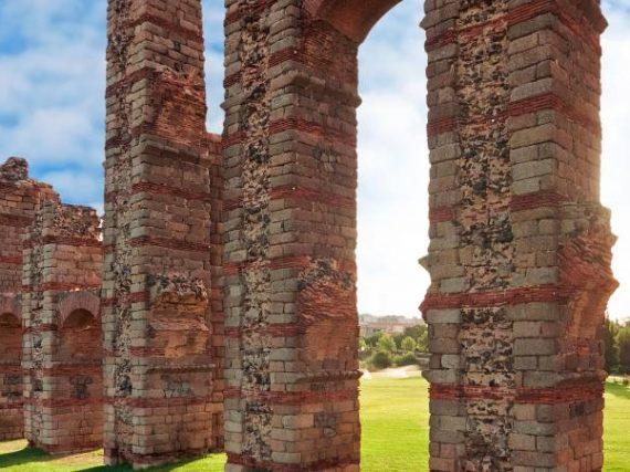 Los otros acueductos romanos de España