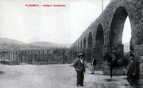 acueducto plasencia foto antigua