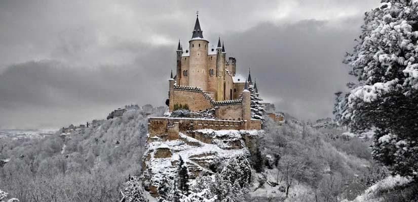 5 castillos españoles salidos de un cuento infantil