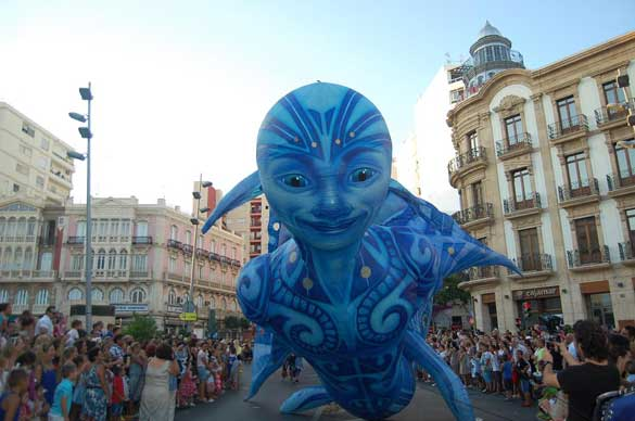 carrozas desfile mitologico almeria