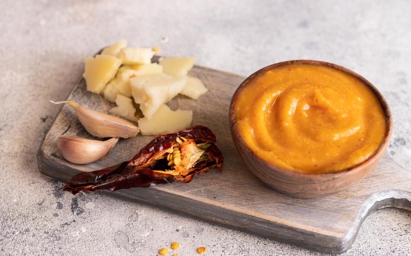 Plato de almogrote canario. | Shutterstock