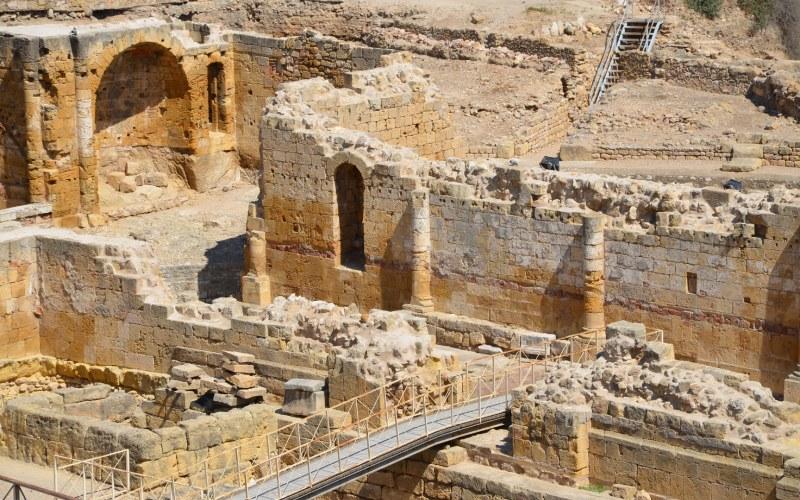 Vistazo más cercano al anfiteatro romano