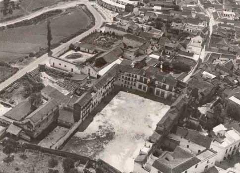 Vista aérea de la Plaza Ducal de Marchena