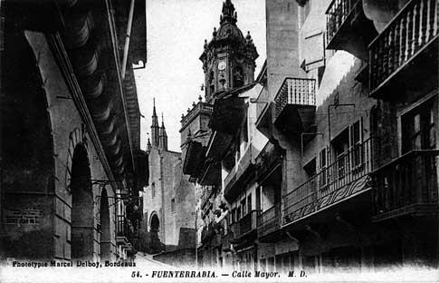 fotografia antigua Kale Nagusia o Calle Mayor de Hondarribia