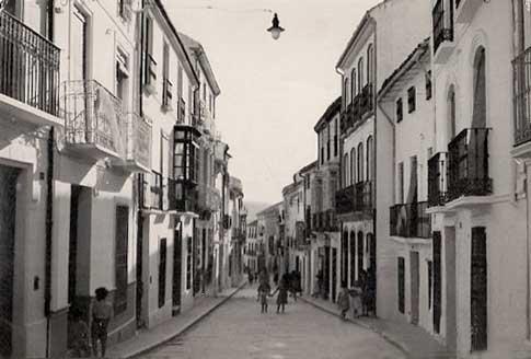 Calle de Baena en una antigua fotografía