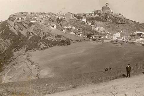 Vista antigua de Iznájar