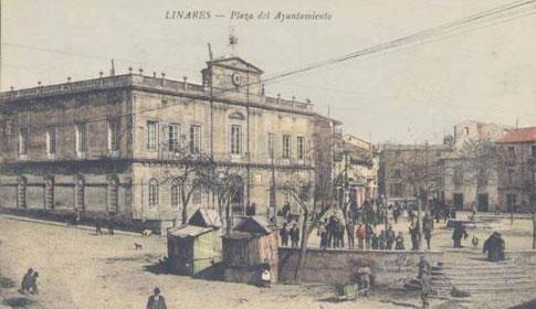 Vista antigua de la Casa Consistorial de Linares