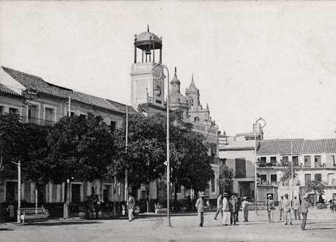 antigua fotografia La Plaza de la Constitución de Utrera