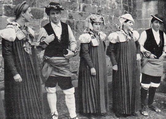 fotografia antigua trajes antosanos