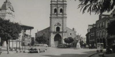 Fotografía antigua de la Plaza Mayor de La Bañeza