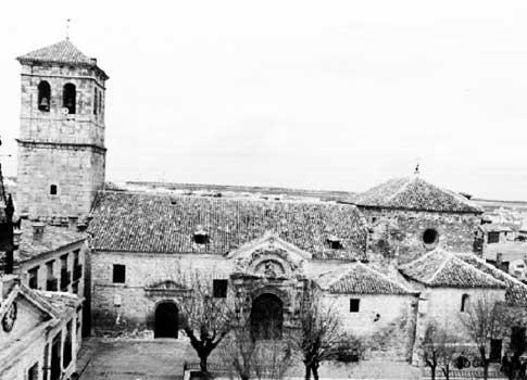 foto antigua iglesia asuncion corral almaguer