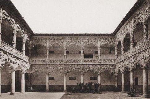 Antigua Fotografía del Patio de los Leones en el Palacio del Infantado en Guadalajara