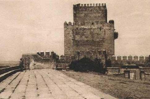 Imagen antigua del Castillo de Enrique de Trastámara