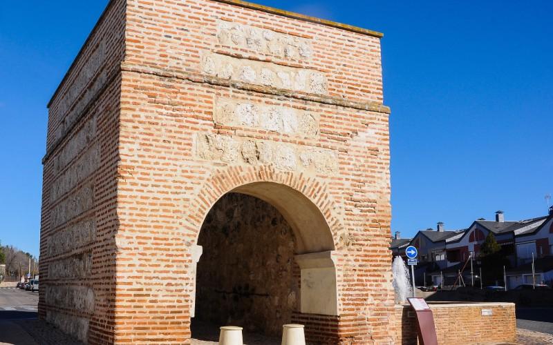 Arco de Ugena, Illescas