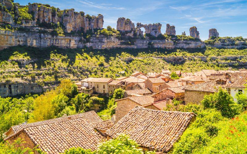 Arquitectura de Orbaneja del Castillo   Shutterstock