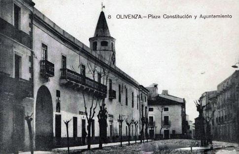 Antiguo Ayuntamiento en la Plaza de la Constitución de Olivenza