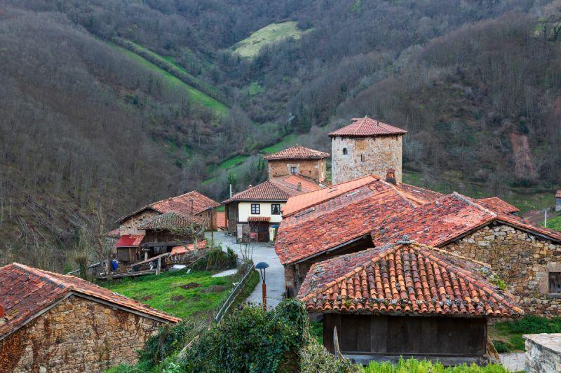 Bandujo/Banduxu, aislado pueblo asturiano