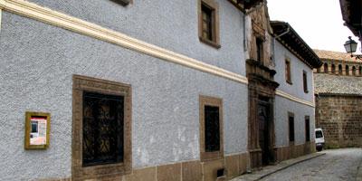 Casa de Lacadena en Berdún