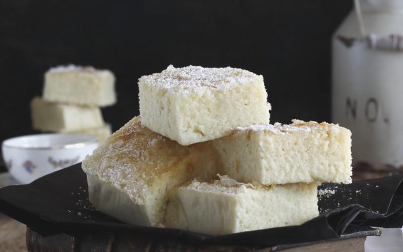 Bica blanca de laza, un dulce esponjoso y mantecoso que se deshace en la boca