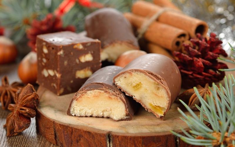 Bombones de mazapán. | Shutterstock