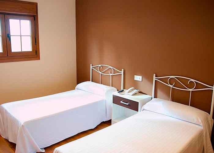 dormir fuentes invierno hotel restaurante brana