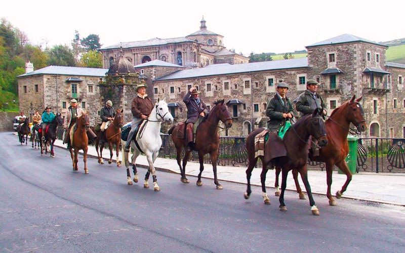 way to santiago by horse