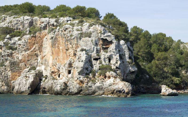 Necrópolis de Cales Coves