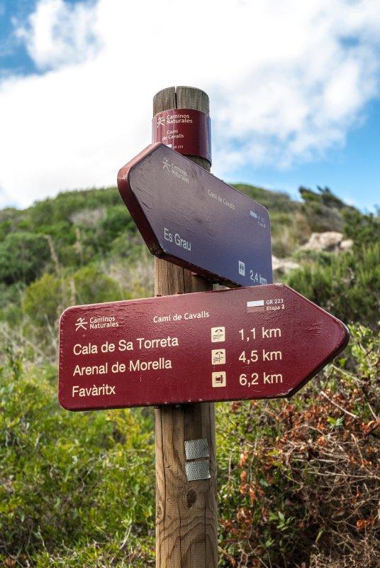 Indicadores de Camí de Cavalls Menorca