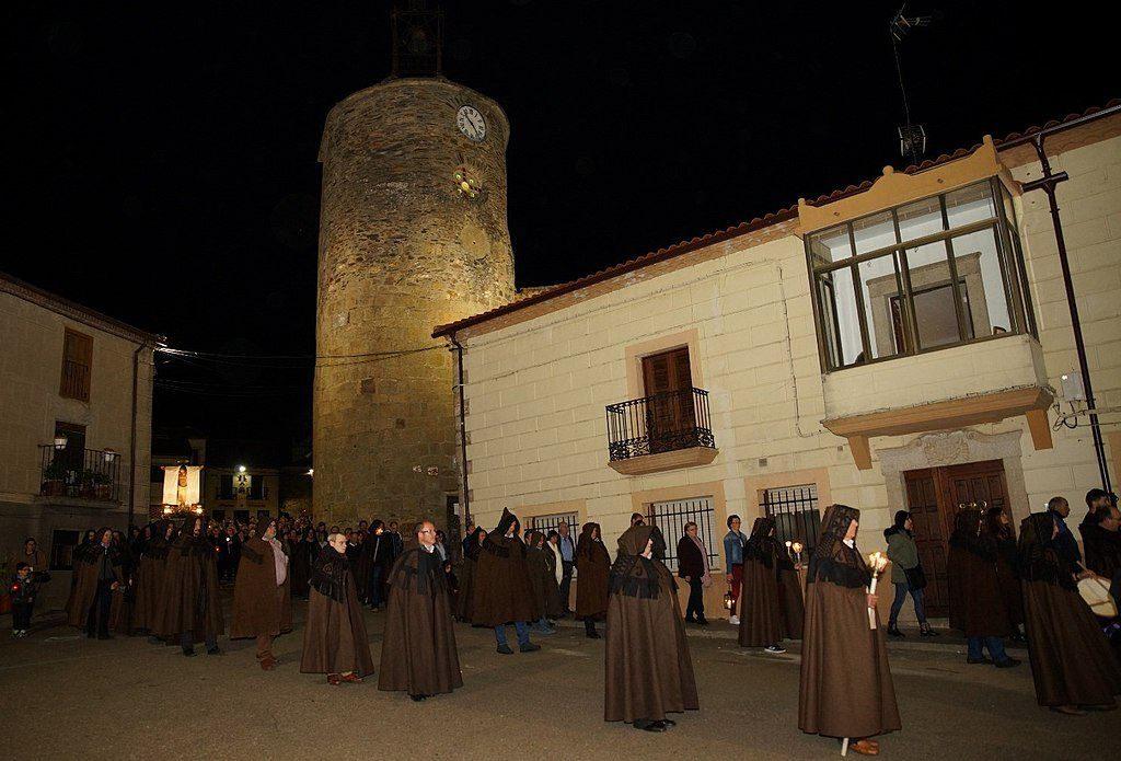Capas alistanas en la Semana Santa de Alcañices