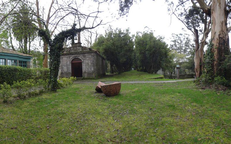 Capilla de San Perdro y paseo de los Buxos