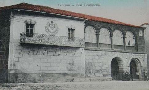 casa consistorial ledesma foto antigua