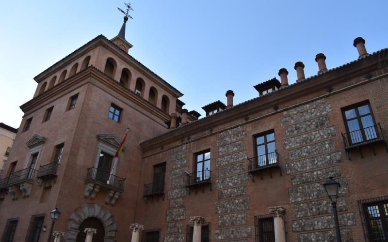 Casa de las Siete Chimeneas, uno de los lugares más misteriosos de Madrid