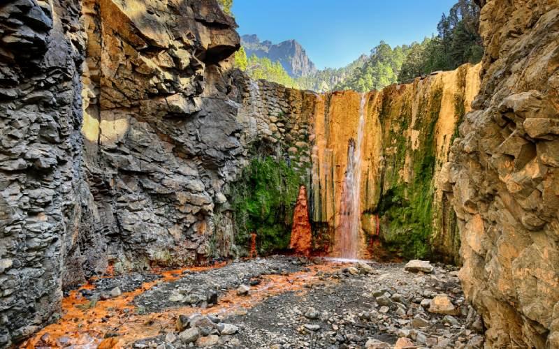 La Cascada de los Colores forma parte del P.N. de la Caldera de Taburiente
