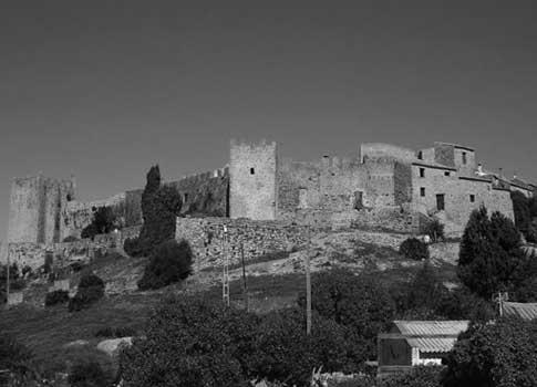 Antigua vista del Castillo de Castellar de la Frontera